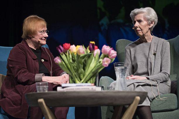 Halonen ja Koivisto kertoivat avoimesti ja humoristisestikin perhe-elämästään.