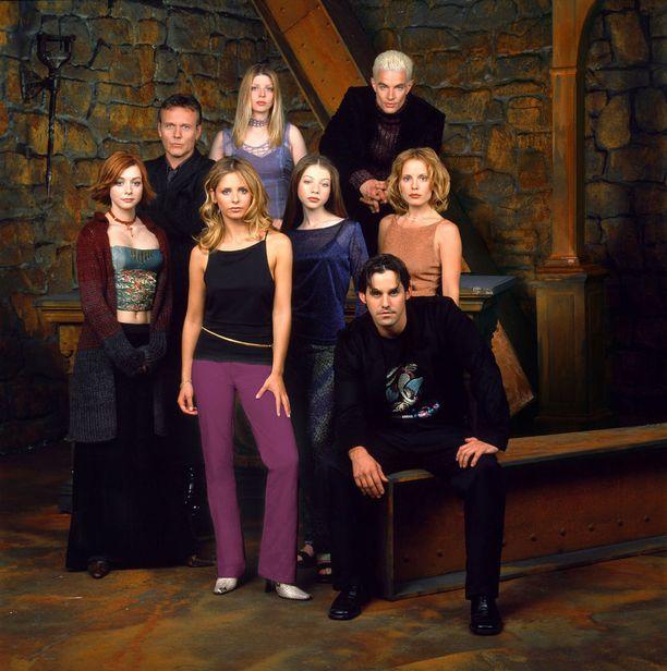 Tältä Buffyn näyttelijäkasti näytti vuonna 2001.