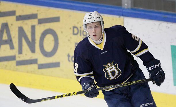 Juuso Vainio ehti pelata Bluesissa vain 18 ottelua.