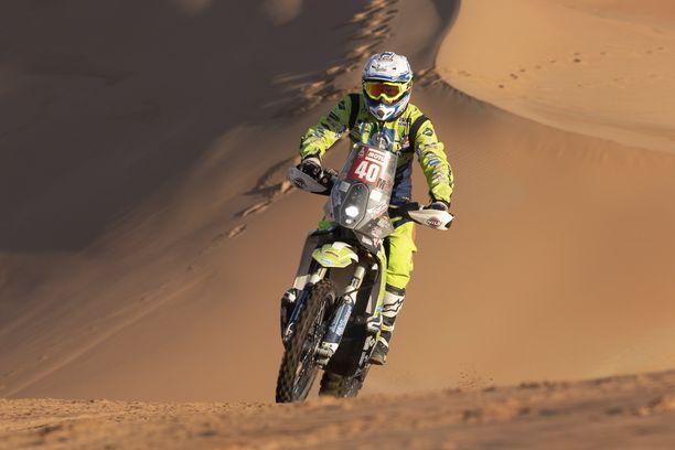 Edwin Straver kilpaili Dakarissa vielä torstaina, mutta joutui vakavaan onnettomuuteen.