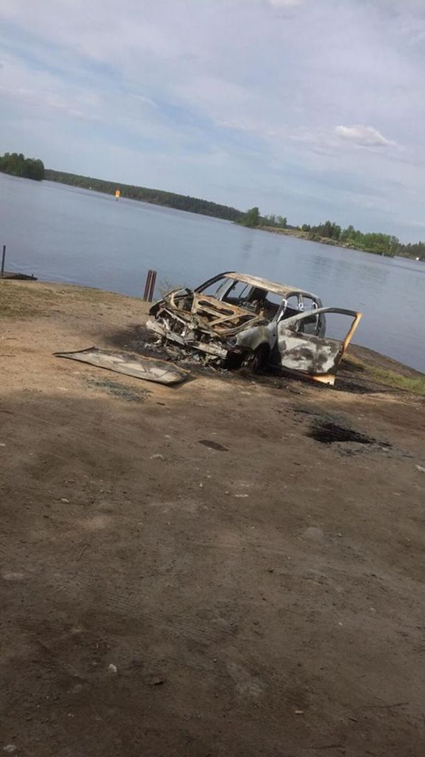 Palaneesta autosta löytyi ruumis Lappeenrannassa.