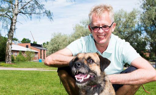 Pekka Poudan ja Sini-koiran viikko alkoi kunnon maanantaikommelluksella.