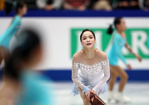 Lim Eun-soo teki lyhytohjelmassa ennätyspisteensä, vaikka sai kolhun lämmittelyssä.
