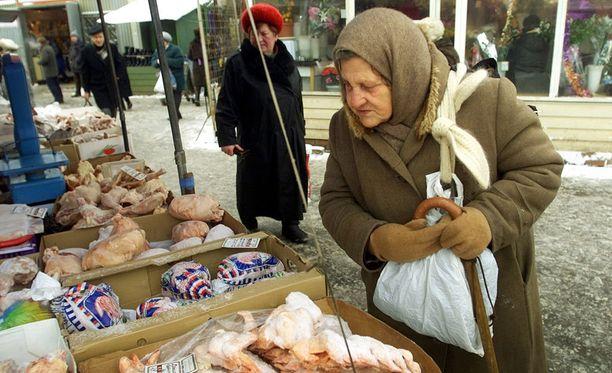 Venäläisten eläkeikä on tällä hetkellä alhainen: miehet pääsevät eläkkeelle 60-vuotiaana ja naiset 55-vuotiaana.