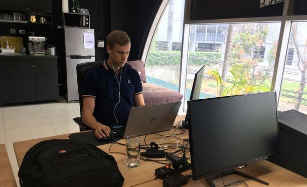 Tältä näyttää Iglun toimistolla, josta käsin Salmén tekee töitään. Kuva otettu keskiviikkona 6.2.