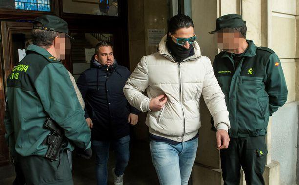 Jose Angel Prenda ja Alfonso Jesus Cabezuelo kuuluvat yhdeksän vuoden tuomion saaneeseen susilaumaan.