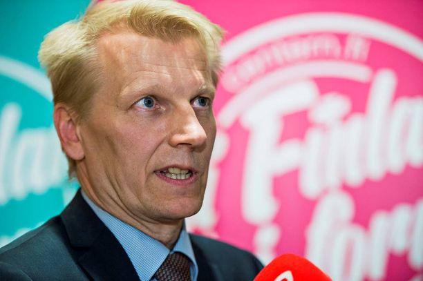 Maatalous- ja ympäristö-ministeri Kimmo Tiilikaisen (kesk) mukaan yhtiön perustaminen johtuu EU:n kilpailulainsäädännön takia.