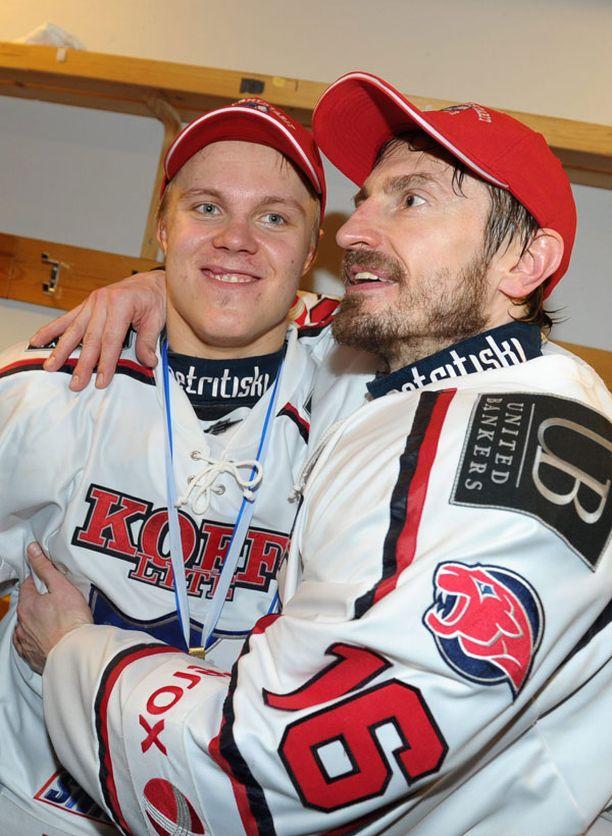 Mikael Granlund ja Ville Peltonen.