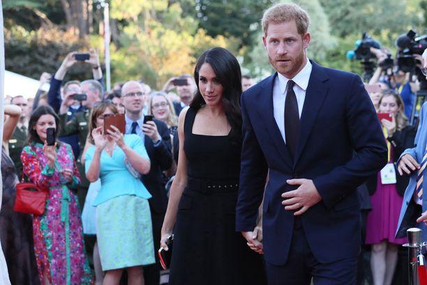 Meghanin ja Harryn Irlannin-vierailua seurasivat sankat väkijoukot.