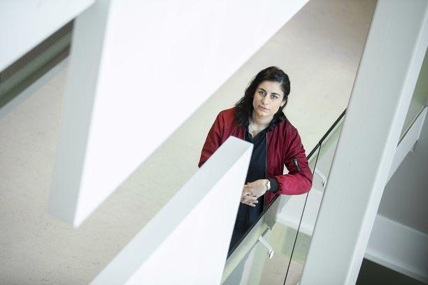 Nyt 28-vuotiaan Seida Sohrabin mielestä kotoutuminen on velvollisuus, ei vain oikeus.
