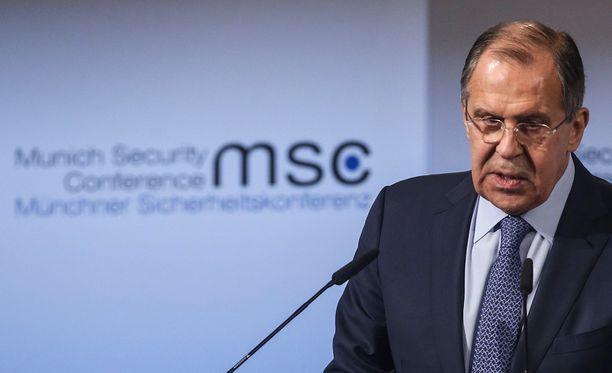 Lavrov kertoi lauantaina tuoreesta tulitauosta.