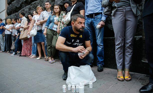 Ukrainan aktivistit tekivät protestin, jotta Ukrainan terveysministeriö tarjoaisi lääkityksen hiv-potilaille.