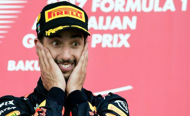 Daniel Ricciardon F1-uran viides GP-voitto tuli erikoisen kisan päätteeksi.