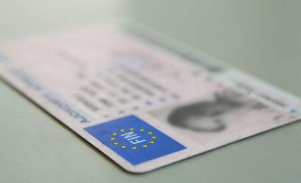 Ajokortteihin tulee vuoden alussa uusia käytäntöjä.