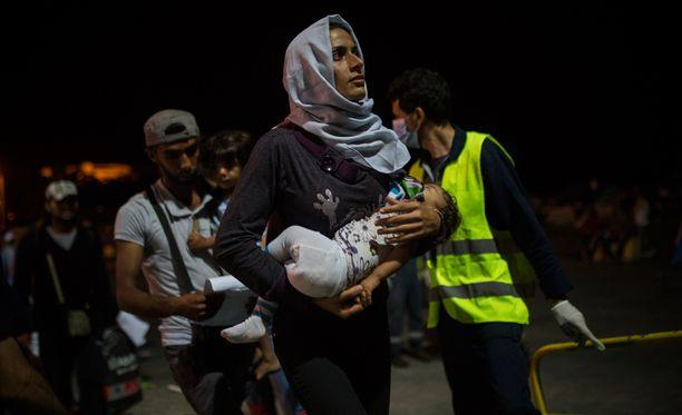 Barack Obaman hallinto pohtii parhaillaan keinoja, miten Yhdysvallat voisi ottaa syyrialaisten auttamisesta suuremman vastuun.