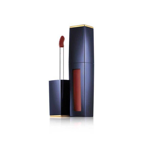 Ruskeaan vivahtavat huulipunat näyttävät trendikkäiltä syksylläkin! Estee Lauderin Pure Color Liquid Lip Potion -huulikiillon sävy Extreme Nude jättää lakkamaisen pinnan, 34 e