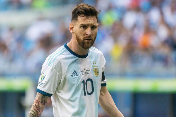 Lionel Messi uurasti pitkän kauden sekä seura- että maajoukkueessa.