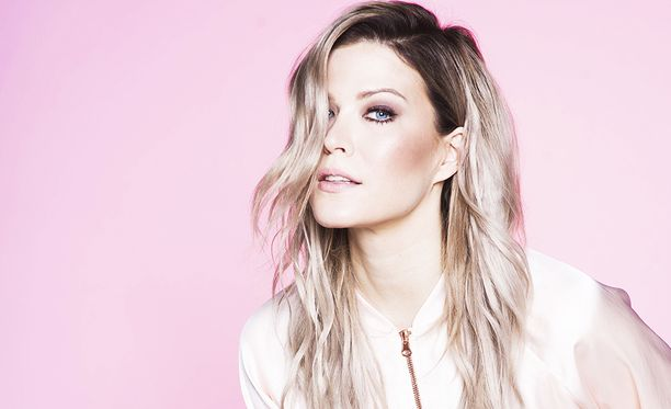 Jenni Vartiainen julkaisi tällä viikolla pitkästä aikaa uuden kappaleen.