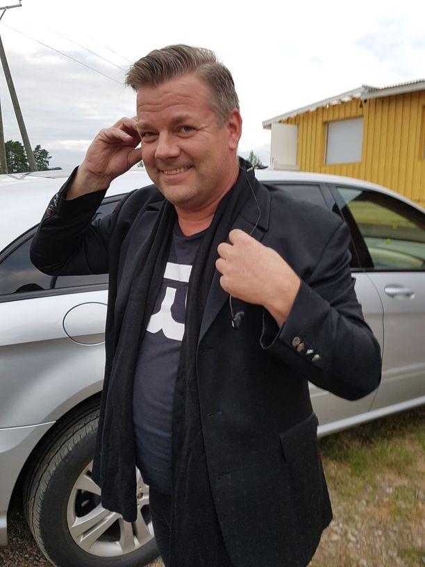 Jari Sillanpää saapui keikalle hyväntuulisena ja energisenä.