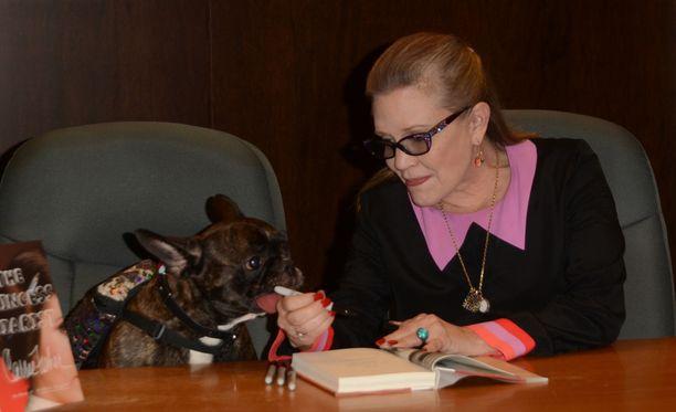 Carrie Fisherin Gary-koira tuli kuuluisaksi jo emäntänsä eläessä.