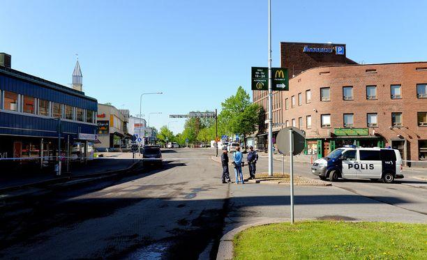 Hyvinkääläismies ampui 26. toukokuuta 2012 kiväärillä kaksi ihmistä ja haavoitti seitsemää.