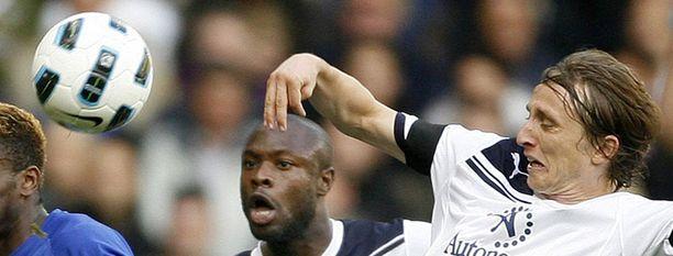 Tottenhaminkin pelaajat pääsevät tositoimiin.