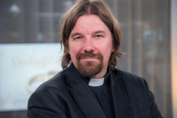 Kari Kanala on Helsingin Paavalin seurakunnan kirkkoherra.