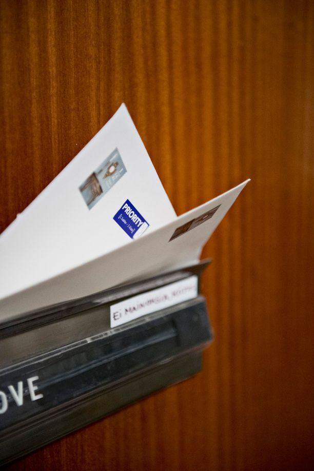 Maksikirjepalvelu poistuu Postin tuotevalikoimasta 9.helmikuuta.