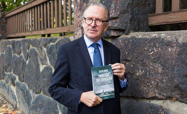 Alpo Rusin kirja julkaistiin keskiviikkona