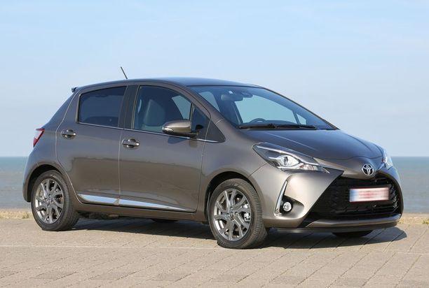 Pikkuautot rulettaa - Toyota Yaris oli alkuvuoden kolmanneksi myydyin.