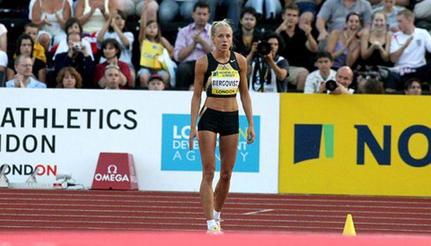 Kajsa Bergqvist tietää, että nappisuorituksen myötä Göteborgissa voi mennä maailmanennätys rikki.