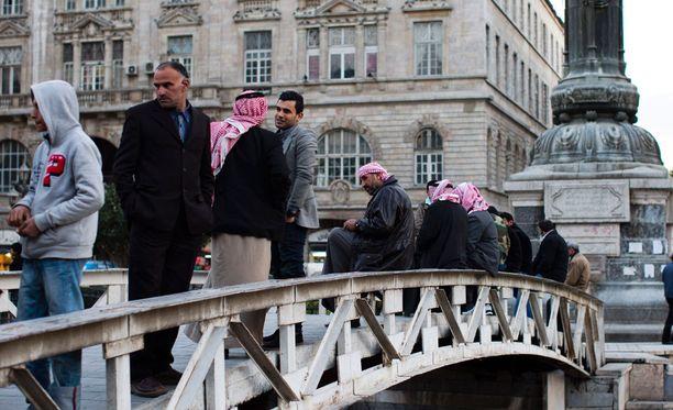 Syyrian hallitus ja opposition kapinallisryhmät kokoontuivat Damaskoksessa halmikuun 23. päivä.