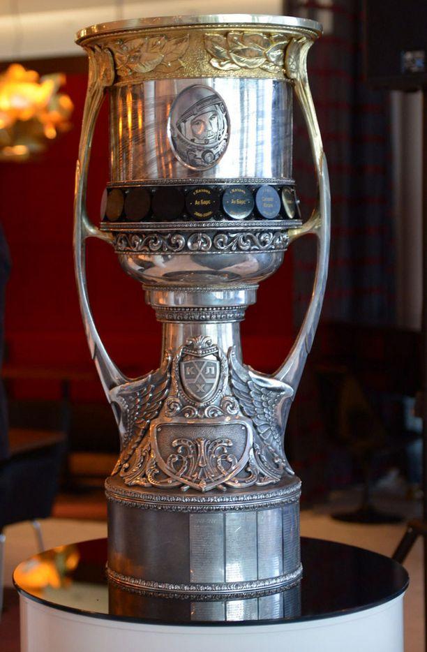 Gagarin Cup painaa 18 kiloa