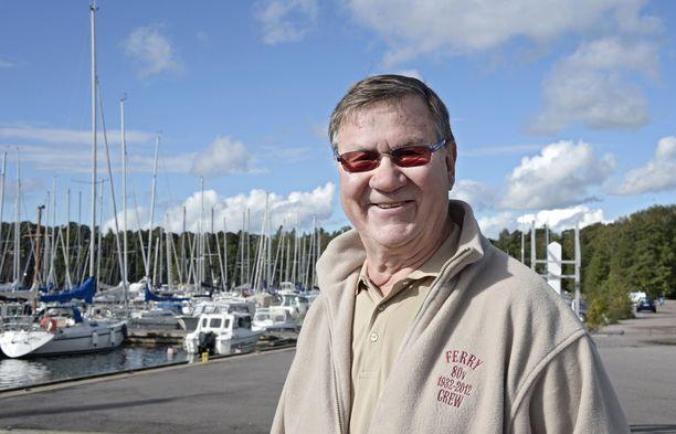 Kari Liimo on valittu kuudesti Vuoden koripalloilijaksi: 1963, 1964,1965, 1969, 1970 ja 1971.