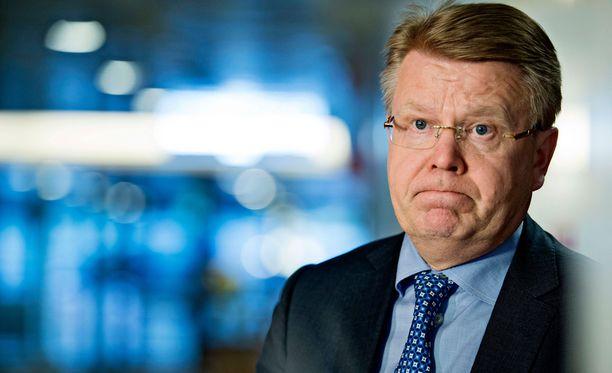 EK:n toimitusjohtaja Jyri Häkämies kertoi, että EK on mukana kilpailukykysopimuksessa, mikäli myös Metalliliitto lähtee mukaan.