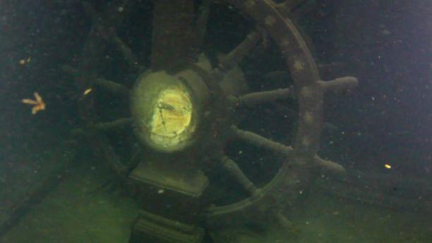 Vaikka Lefort on maannut pohjassa jo 161 vuotta, on se säilynyt hämmentävän hyvin. Laivan ruorikin on yhä kannella paikallaan.