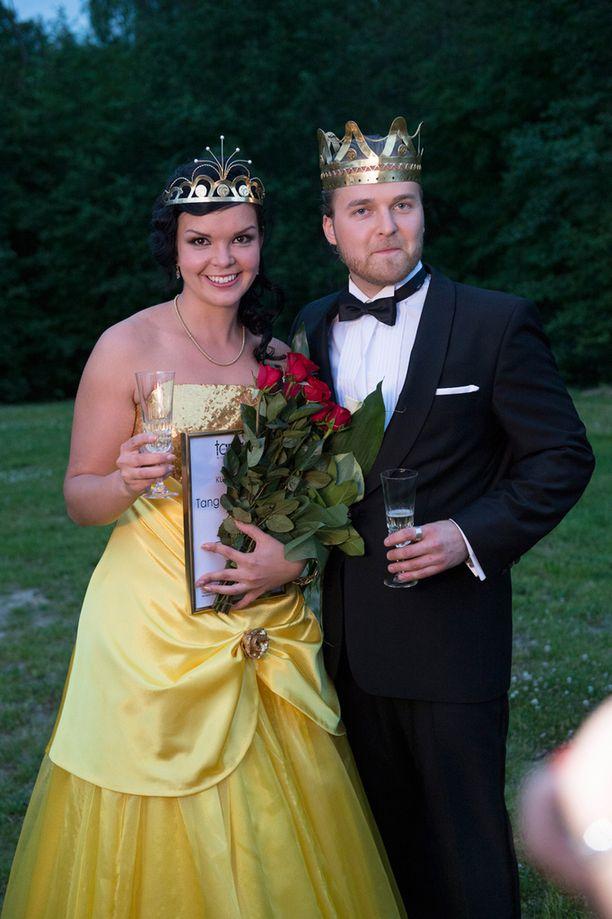 Tässä ovat vuoden 2014 tangokuninkaalliset: Maria Tyyster ja Teemu Roivanen.