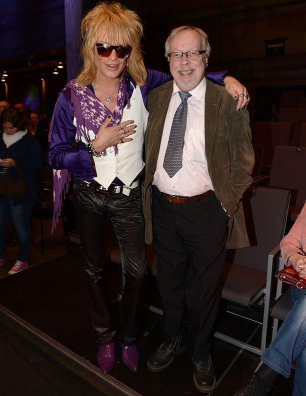 Michael Monroen ja hänen isänsä Pentti Fagerholmin välit ovat lämpimän mutkattomat.