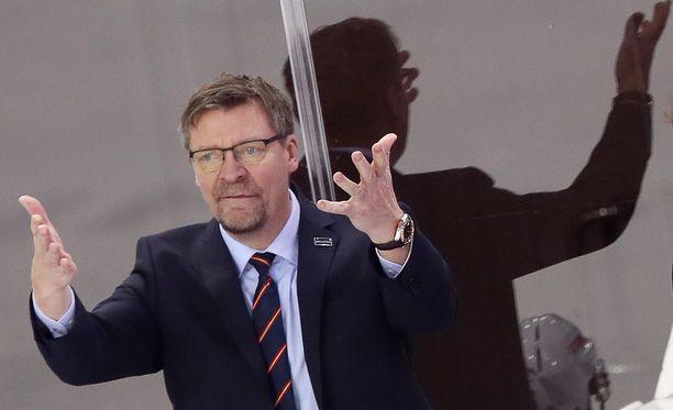 Leijonien päävalmentajaksi palannut Jukka Jalonen pitää edeltäjänsä Lauri Marjamäen kohtelua julkisuudessa julmalta.