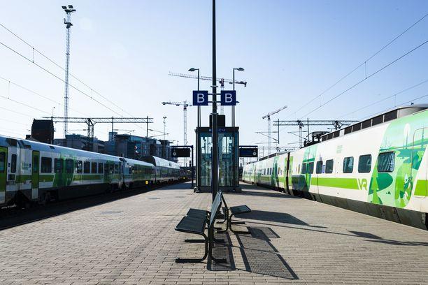 VR vähentää lisää junavuoroja.