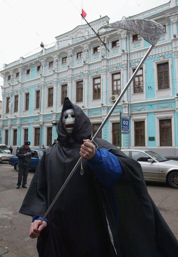 Amnesty International on vedonnut Valko-Venäjän presidenttiin kuolemanrangaistuksesta luopumiseksi.