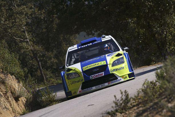 Marcus Grönholmin auto kulkee kokemusten mukaan soralla hienosti.