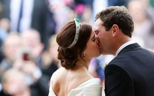 Prinsessa Eugenien ja Jack Brooksbankin vauva syntyi - julkaisivat suloisen kuvan