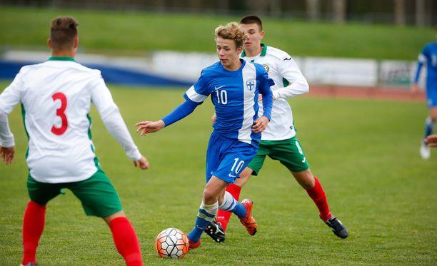 Anssi Suhonen kuuluu poikien maajoukkueeseen, joka pelaa maaliskuun lopussa EM-jatkokarsintaa.