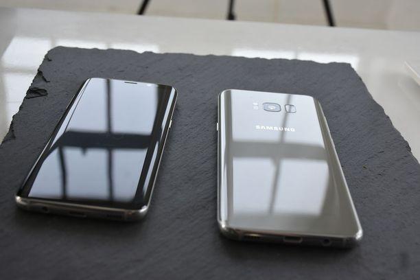 Galaxy S8:n takakannesta löytyy kamera, salama sekä sormenjälkitunnistin. Kamera ei ole enää kohollaan, kuten edeltäjässä S7:ssa.