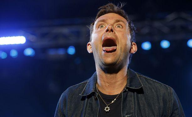 Blurin keulakuva Damon Albarn on mukana Blurin lisäksi The Gorillaz -kokoonpanossa.