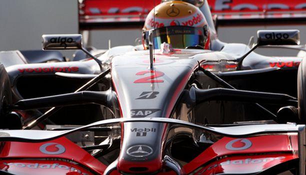 McLaren hallitsi perjantain harjoituksia.