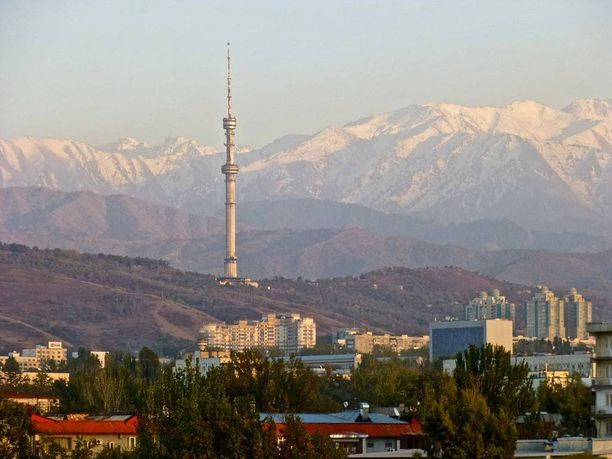 Almatyn kaupunki sijaitsee Etelä-Kazakstanissa, lähellä Kirgisian rajaa.