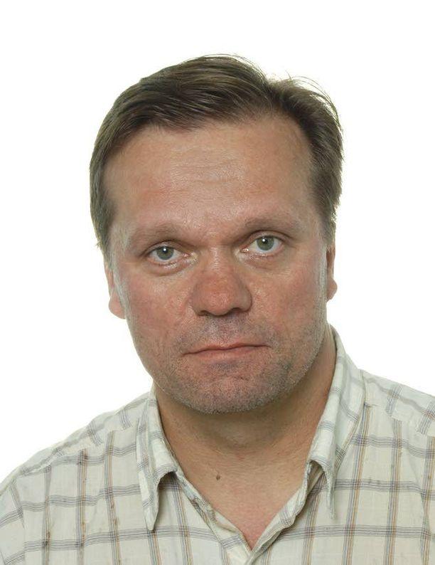 Professori Pekka Räihä on huomannut, että jos luentoja tai seminaareja järjestetään maanantaille ja perjantaille, ryhmät jäävät vajaiksi.