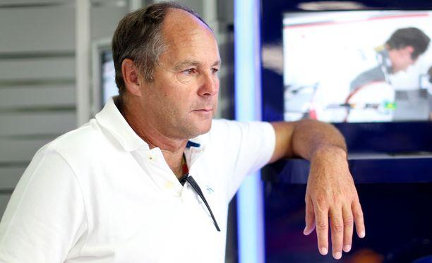 Gerhard Bergerin mukaan Mercedes tulee dominoimaan alkavaa F1-kautta.